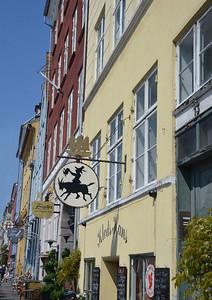 Nyhavn Cafe's