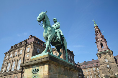 Christian IX Statue
