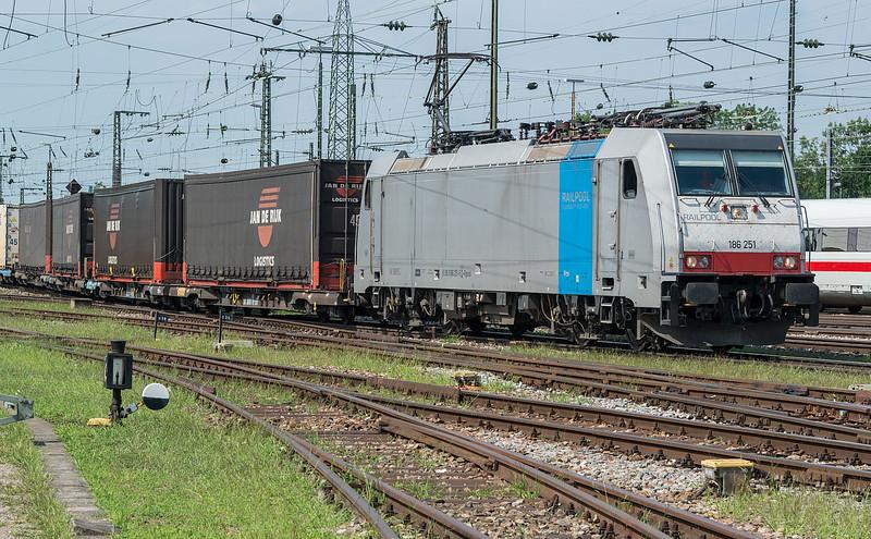 Railpool 186-251 Basel Badischer Bf. 2 August 2017