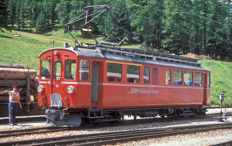 RhB ABe4/4 30 gets directions at Pontresina on 2 July 1988