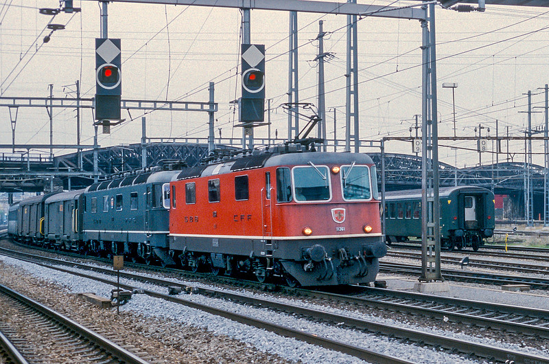 SBB 11361 + unidentified Re6/6 Zurich Hardbrucke 10 November 1993