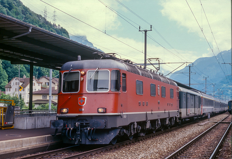 SBB 11619  Fluelen 15 June 1997