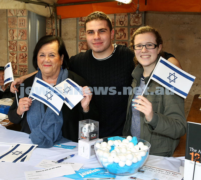 Communal Yom Haatzmaut Celebration at Moriah College. AJN stall… Myrna Kangisser, Evan Zlatkis, Phoebe Roth.