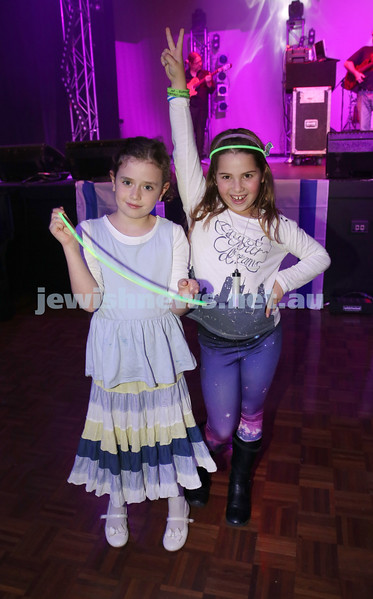 Communal Yom Haatzmaut Celebration at Moriah College. Liorah Kessel & Kayla Brandon during the concert.