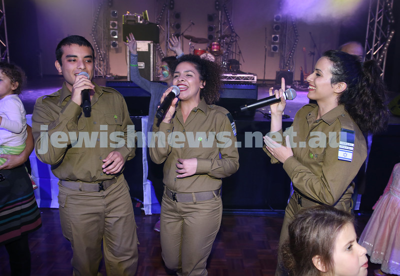 Communal Yom Haatzmaut Celebration at Moriah College. IDF Band during the concert join the audience.