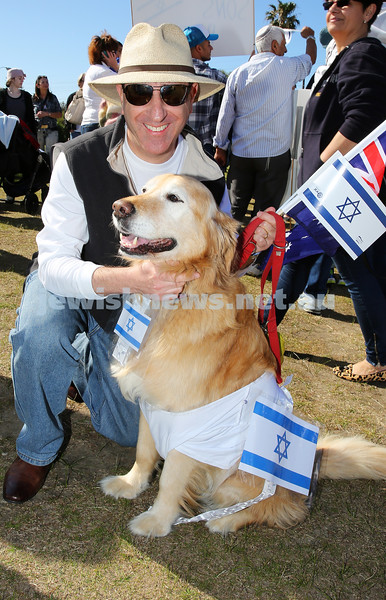 3-8-14. More than 10,000 people rallied in support of Israel at Dudley Page Reserve in Dover Heights on Sunday morning. Executive Council of Australian Jewry's president Robert Goot, NSW Jewish Board of Deputies president Yair Miller, NSW Member for Vaucluse Gabrielle Upton and other speakers addressed the crowd. Photo: Noel Kessel