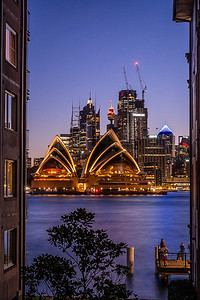 View of Sydney Opera House from Milsons Point.
