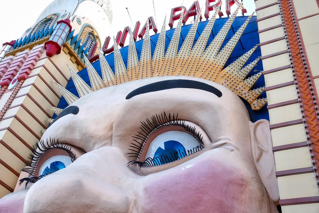 Luna Park Face