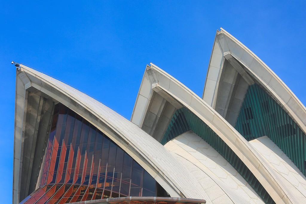 Sydney Opera House - Trio 004