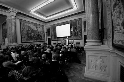 Begrüßung durch den Präsidenten der Akademie, Prof. Dieter Rehm