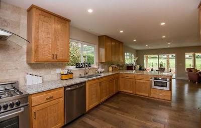 DSC_8839_kitchen