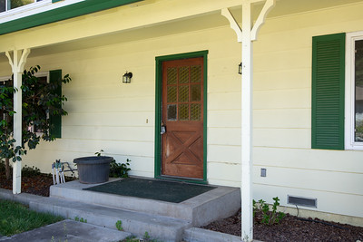 DSC_4474_front_door