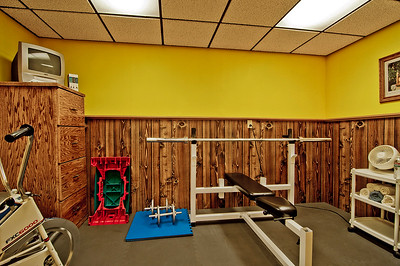 work out room bsmt