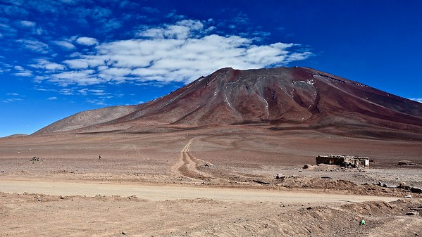 Licancabur 5.865 m.