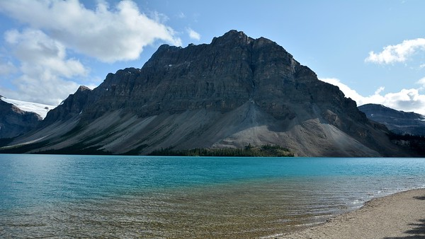 Crowfoot Mountain - Bow Lake