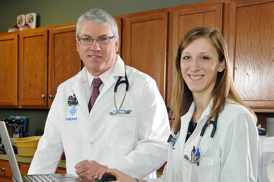David_Thomas_Jennifer_Yerke_Family_Medicine_hr_3023