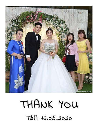 TA-wedding-instant-print-photo-booth-at-Revierside-Palace-Quan-4-Chup-hinh-in-anh-lay-lien-Tiec-Cuoi-019
