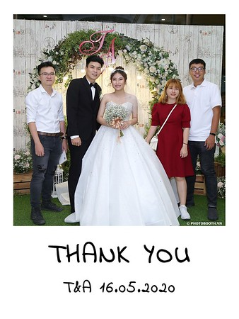 TA-wedding-instant-print-photo-booth-at-Revierside-Palace-Quan-4-Chup-hinh-in-anh-lay-lien-Tiec-Cuoi-044