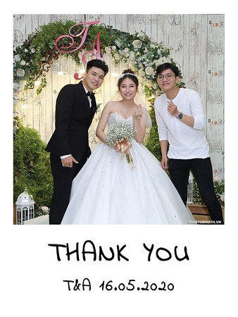 TA-wedding-instant-print-photo-booth-at-Revierside-Palace-Quan-4-Chup-hinh-in-anh-lay-lien-Tiec-Cuoi-045