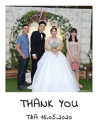 TA-wedding-instant-print-photo-booth-at-Revierside-Palace-Quan-4-Chup-hinh-in-anh-lay-lien-Tiec-Cuoi-023