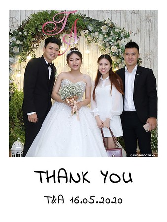 TA-wedding-instant-print-photo-booth-at-Revierside-Palace-Quan-4-Chup-hinh-in-anh-lay-lien-Tiec-Cuoi-039