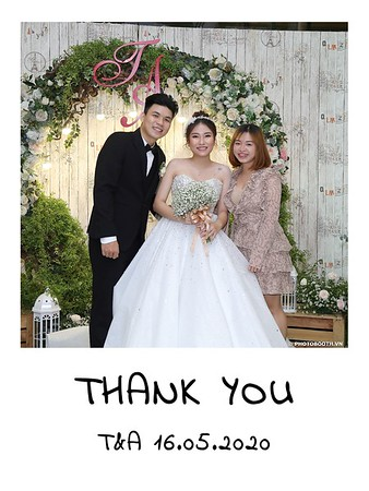TA-wedding-instant-print-photo-booth-at-Revierside-Palace-Quan-4-Chup-hinh-in-anh-lay-lien-Tiec-Cuoi-042
