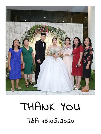 TA-wedding-instant-print-photo-booth-at-Revierside-Palace-Quan-4-Chup-hinh-in-anh-lay-lien-Tiec-Cuoi-025