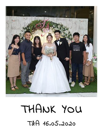 TA-wedding-instant-print-photo-booth-at-Revierside-Palace-Quan-4-Chup-hinh-in-anh-lay-lien-Tiec-Cuoi-027