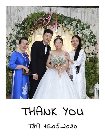 TA-wedding-instant-print-photo-booth-at-Revierside-Palace-Quan-4-Chup-hinh-in-anh-lay-lien-Tiec-Cuoi-035