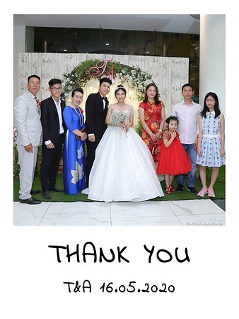 TA-wedding-instant-print-photo-booth-at-Revierside-Palace-Quan-4-Chup-hinh-in-anh-lay-lien-Tiec-Cuoi-021