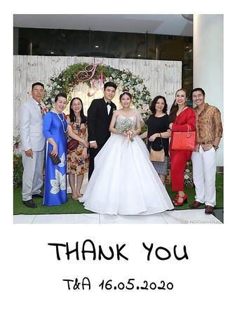 TA-wedding-instant-print-photo-booth-at-Revierside-Palace-Quan-4-Chup-hinh-in-anh-lay-lien-Tiec-Cuoi-016