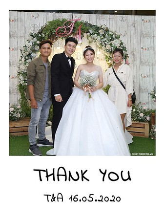 TA-wedding-instant-print-photo-booth-at-Revierside-Palace-Quan-4-Chup-hinh-in-anh-lay-lien-Tiec-Cuoi-022