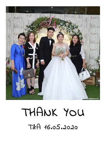 TA-wedding-instant-print-photo-booth-at-Revierside-Palace-Quan-4-Chup-hinh-in-anh-lay-lien-Tiec-Cuoi-043