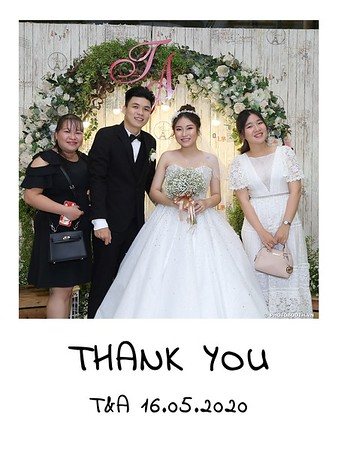 TA-wedding-instant-print-photo-booth-at-Revierside-Palace-Quan-4-Chup-hinh-in-anh-lay-lien-Tiec-Cuoi-037