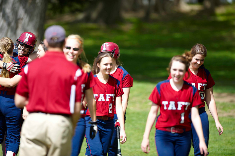 Taft Softball 4-17-10-217