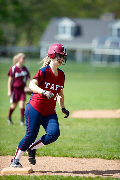 Taft Softball 4-17-10-214