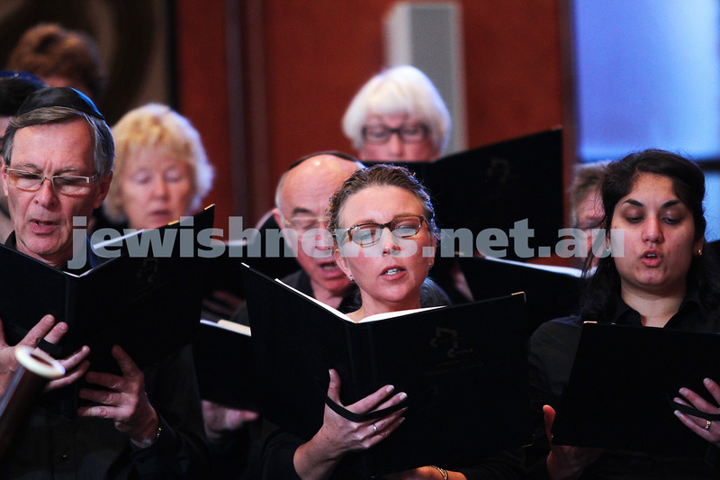 15-6-14. Temple Beth Israel. Sacred Music Concert - An Interfaith Celebration. Members of the Camberwell Choral. Photo: Peter Haskin