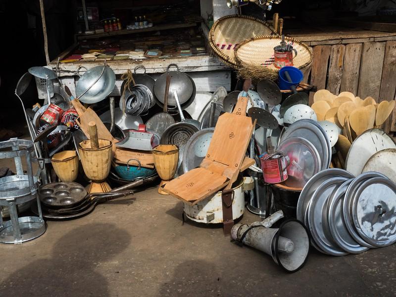 Kitchenware,  Stone Town market