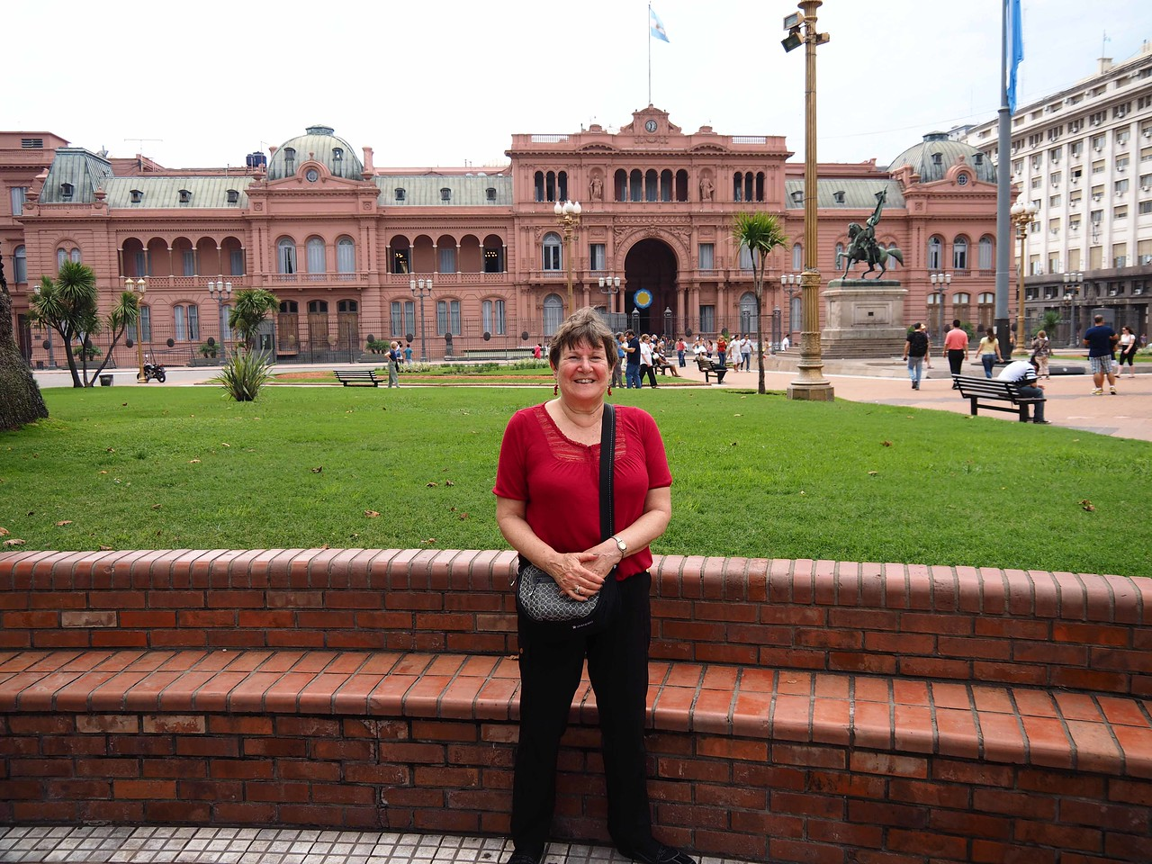 In Front of the Pink Palace, Plaza de Mayo