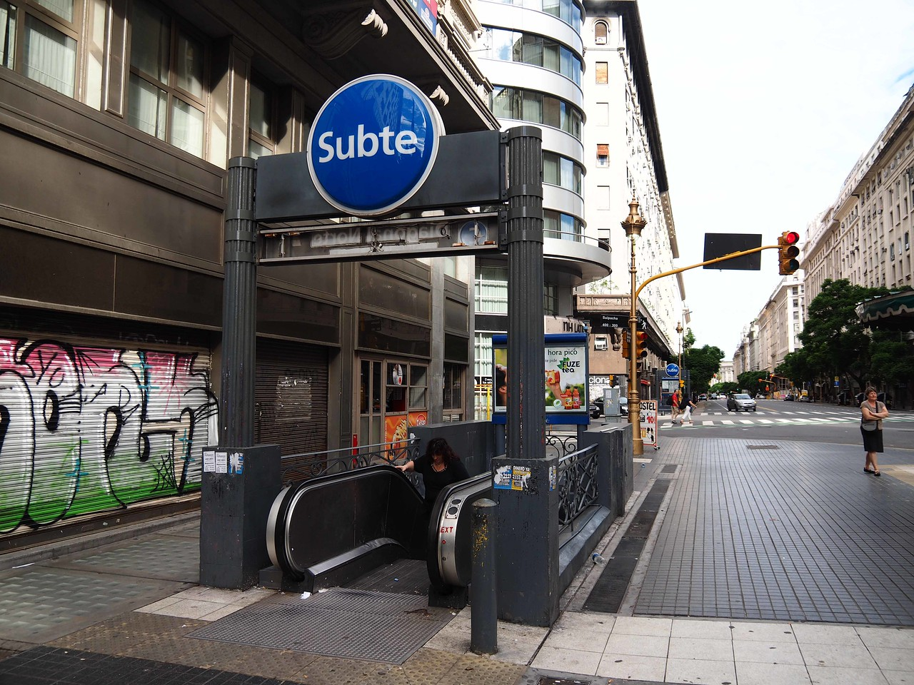 The Subte (subway)