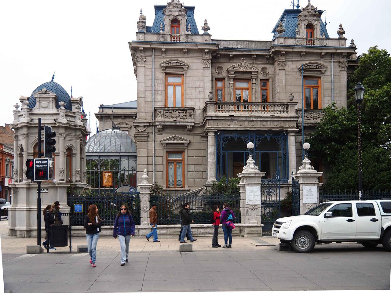 Grand house in Punta Arenas