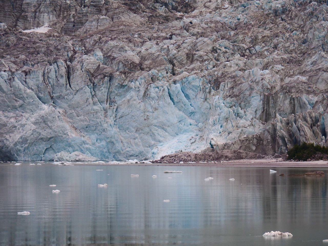 Close up of Pia Glacier