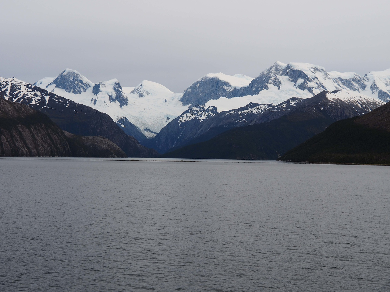 Sailing into the fjord of the Pia Glacier