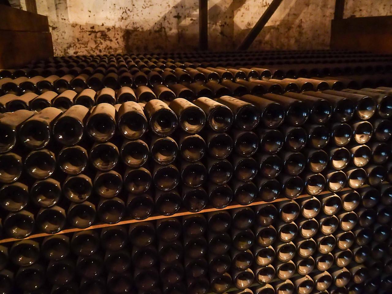 Aging wine in bottles