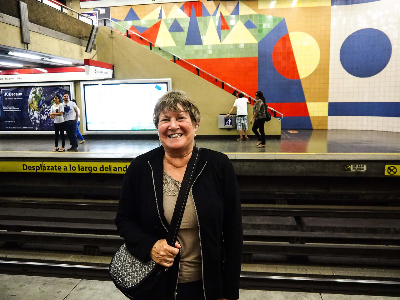 Waiting for the Metro, Santiago