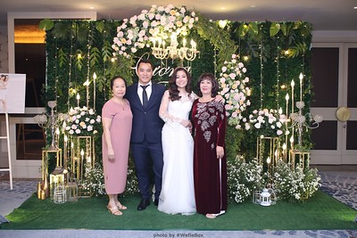 TC-Wedding-photobooth-in-Ho-Chi-Minh-City-Saigon-Chup-hinh-chup-anh-in-hinh-in-anh-lay-lien-lay-ngay-Tiec-cuoi-WefieBox-photobooth-Vietnam-023
