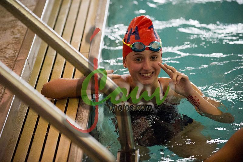 16TCH Swimming1009