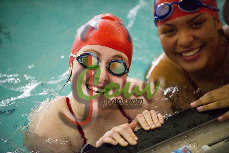 16TCH Swimming1005