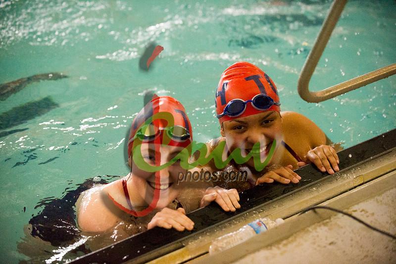 16TCH Swimming1007