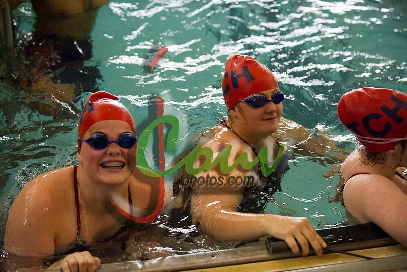 16TCH Swimming1008